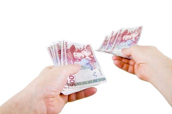 Litet lån i femhundralappar