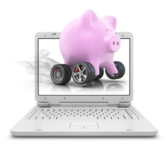 Spargris och dator